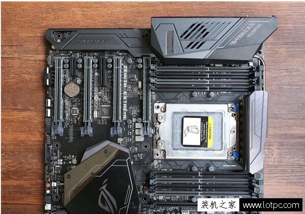 AMD Ryzen ThreadRipper 1950X搭配什么主板和显卡比较好呢?