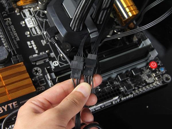 主机箱背部走线技巧 组装电脑走背线与理线教程