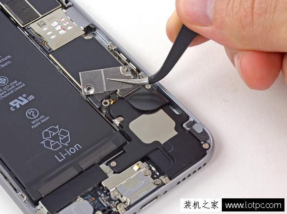 How To Replace Battery >> 苹果iphone6拆机更换听筒详细图解 苹果iphone6内置听筒更换教程(4)_手机知识-装机之家