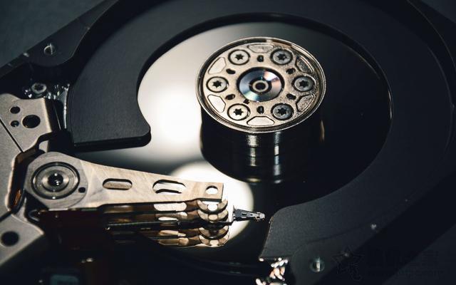 西部数据(WD)关闭马来西亚机械硬盘制造工厂,将重心移至固态硬盘