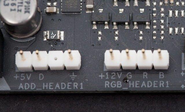 灯效插针(+12v上方带白框的插针为正极)