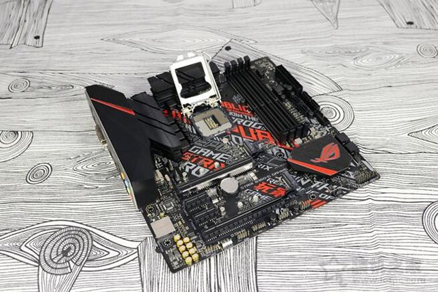 35万跑分!i5-9400F搭配GTX1660Ti游戏主机配置推荐+装机图赏