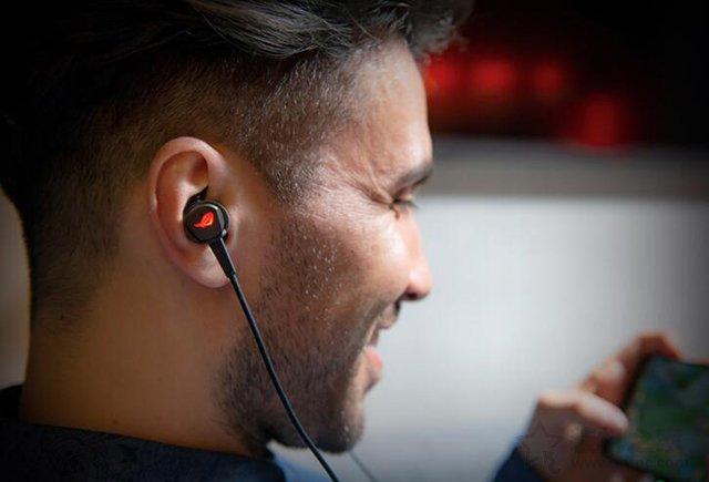 入耳式电竞耳机怎么选?值得买高性价比带麦的入耳式游戏耳机推荐