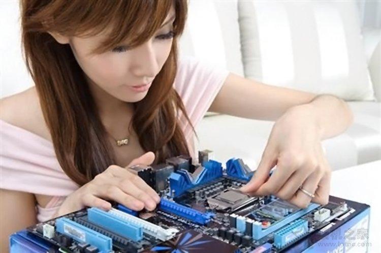 台式机CPU如何安装到主板上?intel和AMD CPU安装图解步骤教程