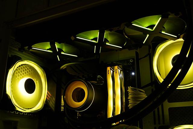 打造超炫酷黄色灯效主机,锐龙R7 5800X配RTX3070装机配置单+图赏